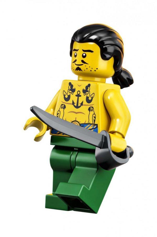LEGO-Ideas-Pirates-of-Barracuda-Bay-21322-25-600x901