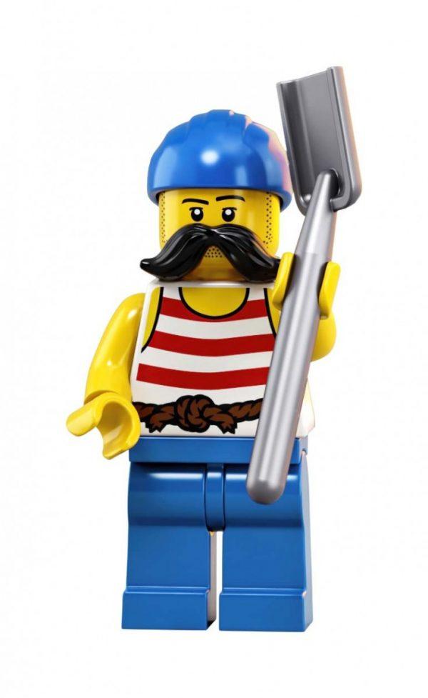 LEGO-Ideas-Pirates-of-Barracuda-Bay-21322-31-600x977