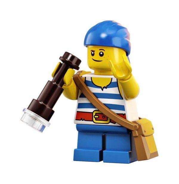LEGO-Ideas-Pirates-of-Barracuda-Bay-21322-33-600x618