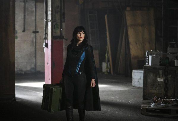 Supergirl-516-7-600x409