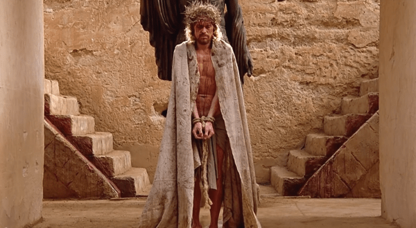 The-Last-Temptation-of-Christ-1988-Crown-of-Thorns-Scene-6_10-_-Movieclips-1-12-screenshot-600x329