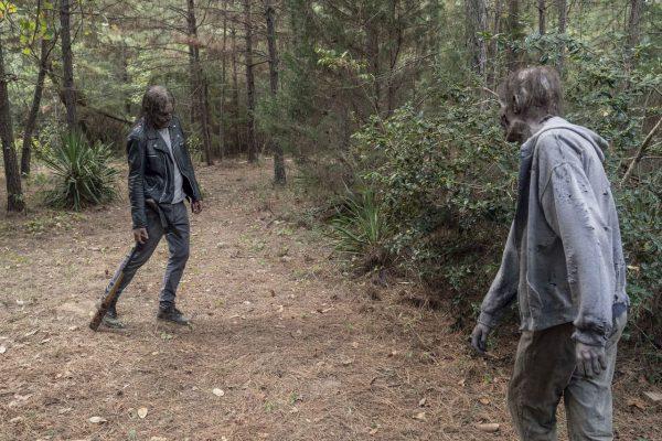 The-Walking-Dead-1012-11-600x400