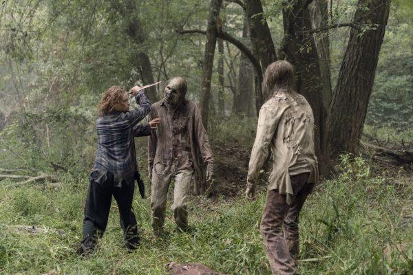 The-Walking-Dead-1012-5-600x400