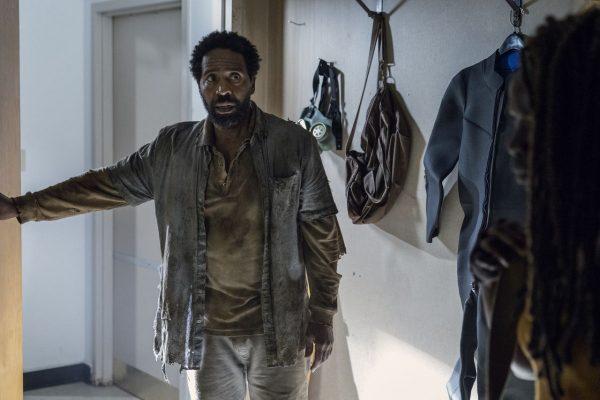 The-Walking-Dead-1013-8-600x400
