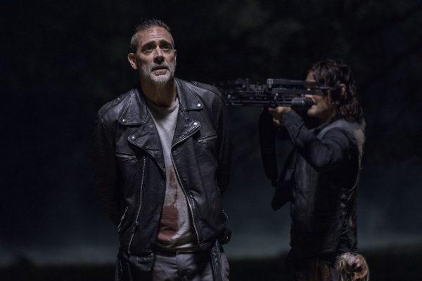The-Walking-Dead-1014-1-600x400