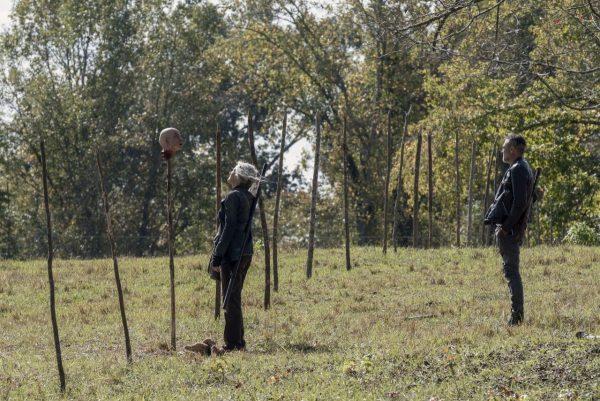The-Walking-Dead-1014-19-600x401