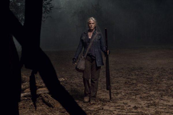 The-Walking-Dead-1014-25-600x400
