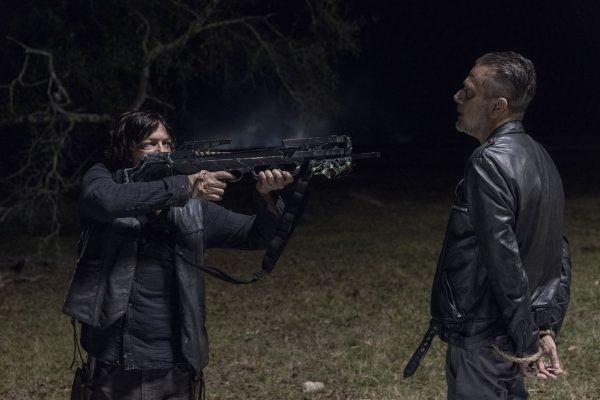 The-Walking-Dead-1014-3-600x400