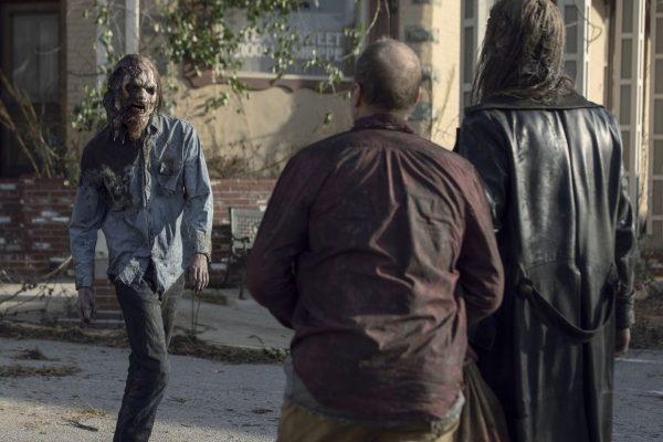 The-Walking-Dead-1014-8-600x400