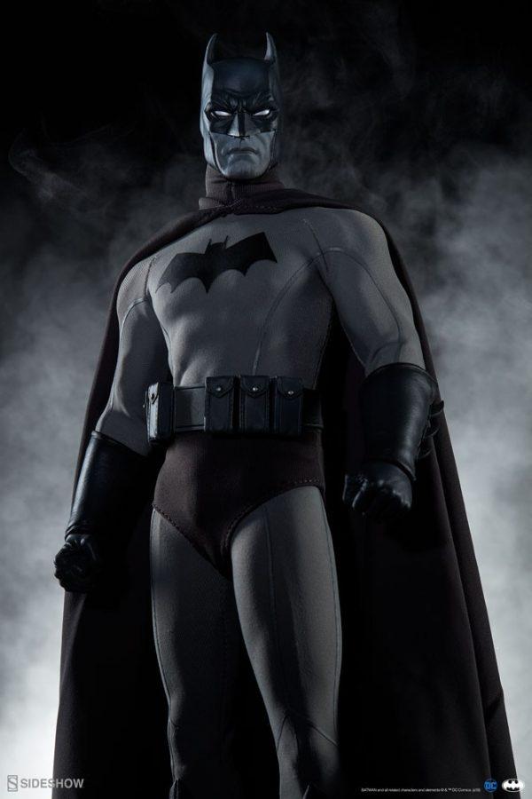 batman-noir-version_dc-comics_gallery_5e6c2b3791b92-600x900