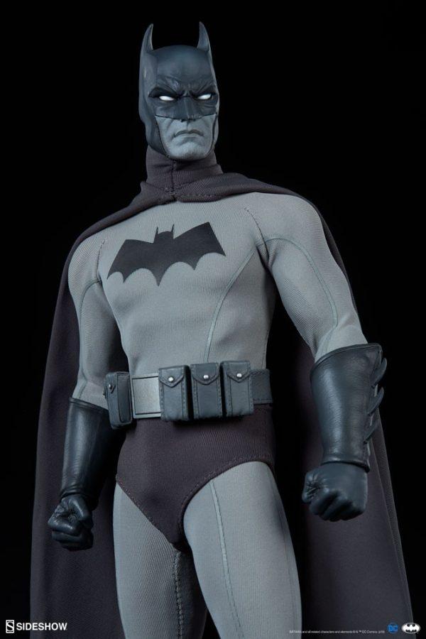 batman-noir-version_dc-comics_gallery_5e6c2b3941ef6-600x900