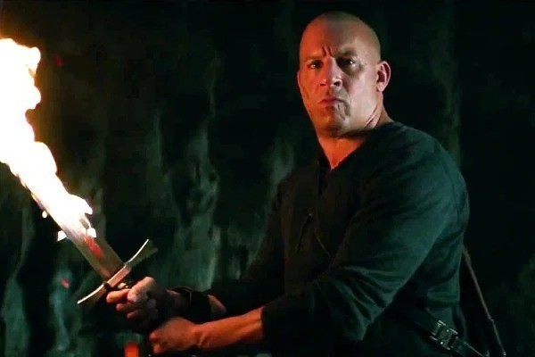 vin-diesel-sword-the-last-witch-hunter