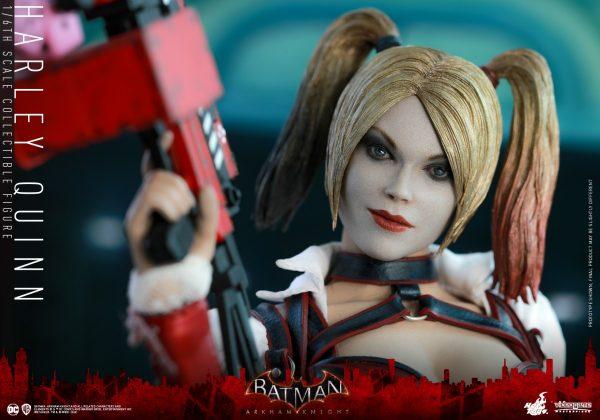 Hot-Toys-Batman-Arkham-Knight-Harley-Quinn-PR3-600x420