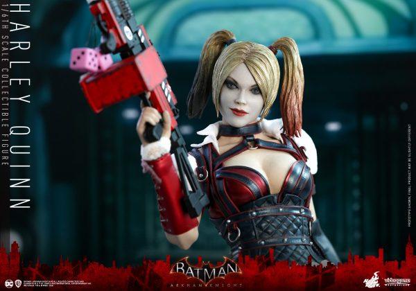 Hot-Toys-Batman-Arkham-Knight-Harley-Quinn-PR7-600x420