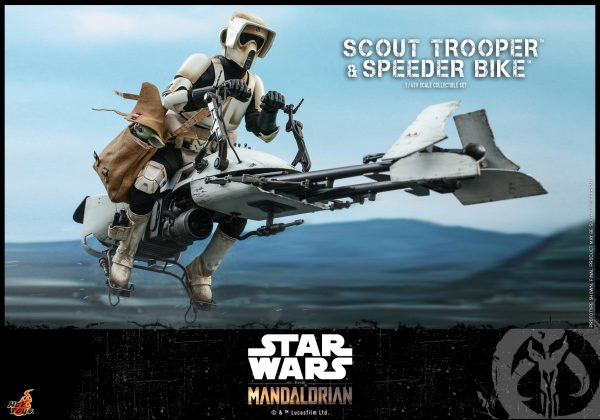 Hot-Toys-SWM-Scout-Trooper-and-Speeder-Bike-Collectible-Set_PR6-600x420