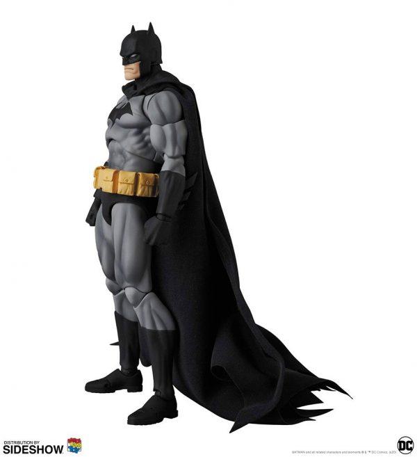 batman-hush-black-version_dc-comics_gallery_5e8b4e658de55-600x657