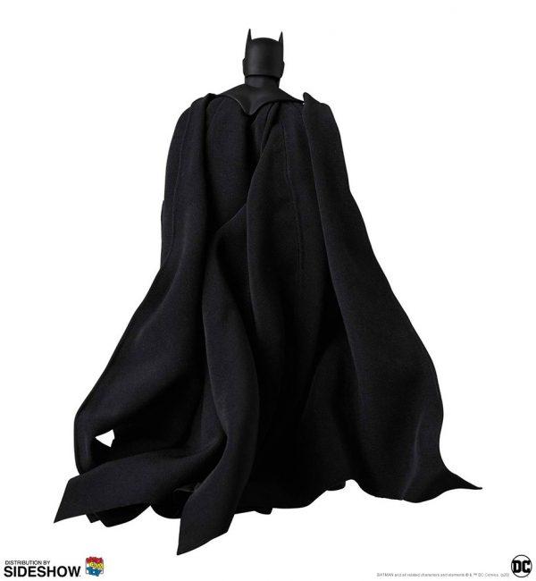 batman-hush-black-version_dc-comics_gallery_5e8b4e65e6847-600x650