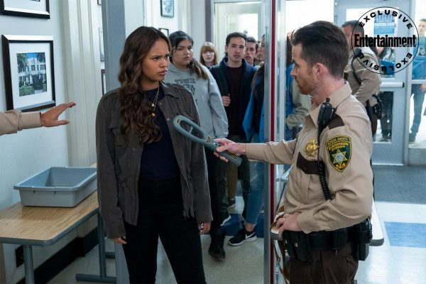13-Reasons-Why-s4-first-look-9-600x400