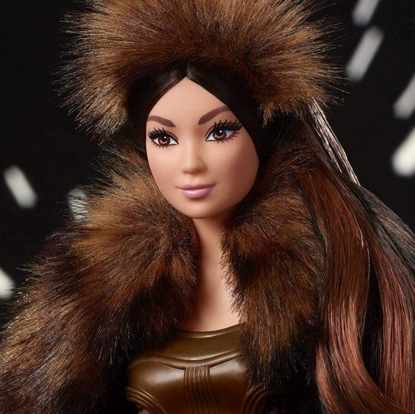 Barbie-Star-Wars-Chewbacca-3-600x599