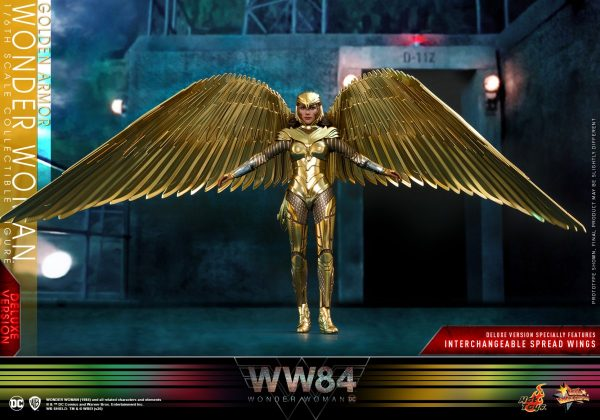 Hot-Toys-WW84-Golden-Armor-Wonder-Woman-collectible-figure-Deluxe_PR7-600x420