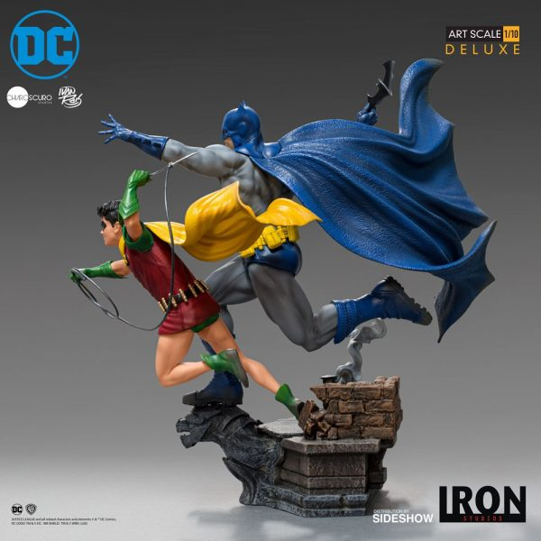 batman-robin-deluxe_dc-comics_gallery_5ebaef5f98a07-600x600