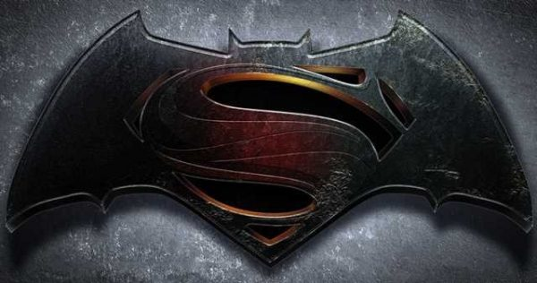 batman-vs-superman-600x316