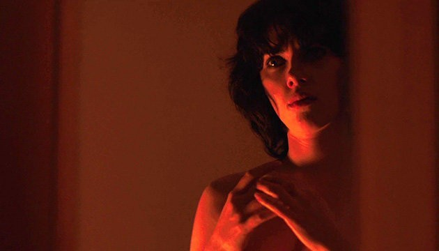 Movie Review – Under the Skin (2013)