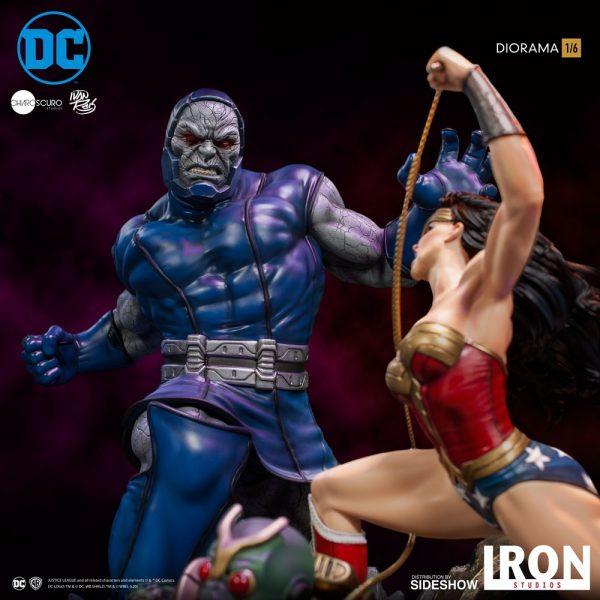 wonder-woman-vs-darkseid_dc-comics_gallery_5ec7001596738-600x600