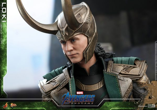 Hot-Toys-A4-Loki-collectible-figure_PR13-600x422