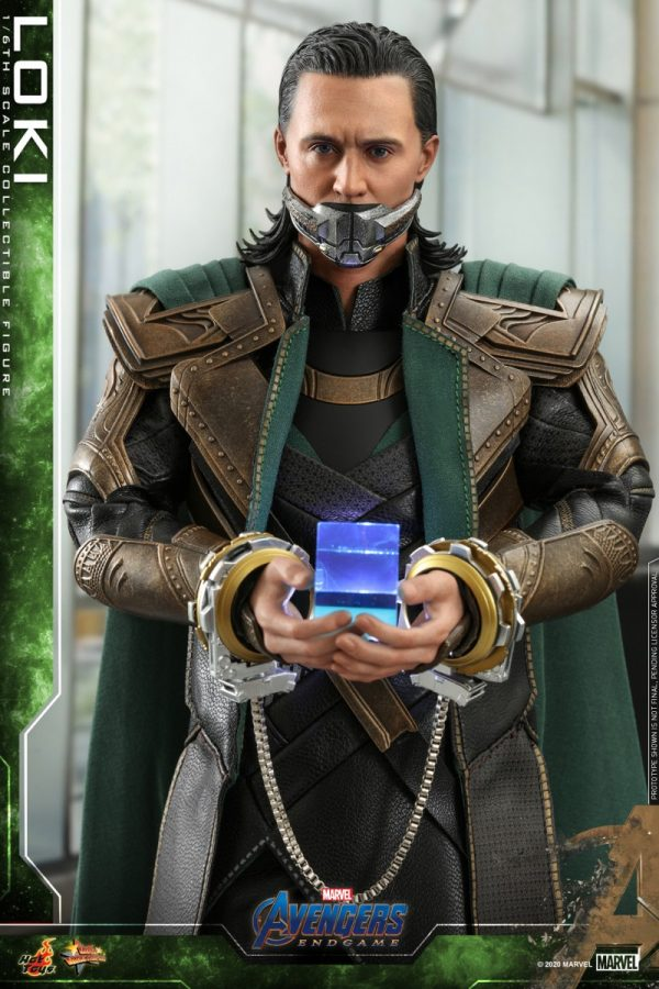 Hot-Toys-A4-Loki-collectible-figure_PR8-600x900