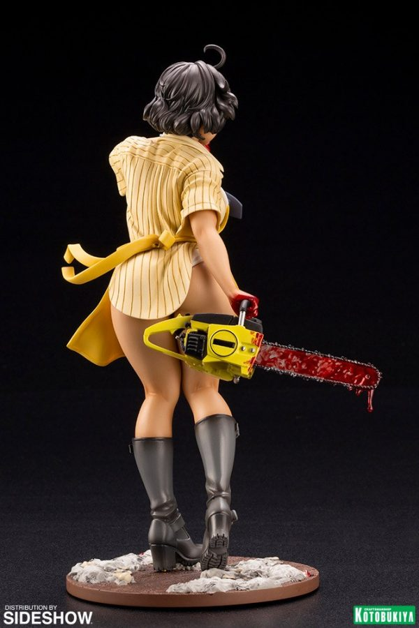 leatherface_texas-chainsaw-massacre_gallery_5ef4e7050c62a-600x900