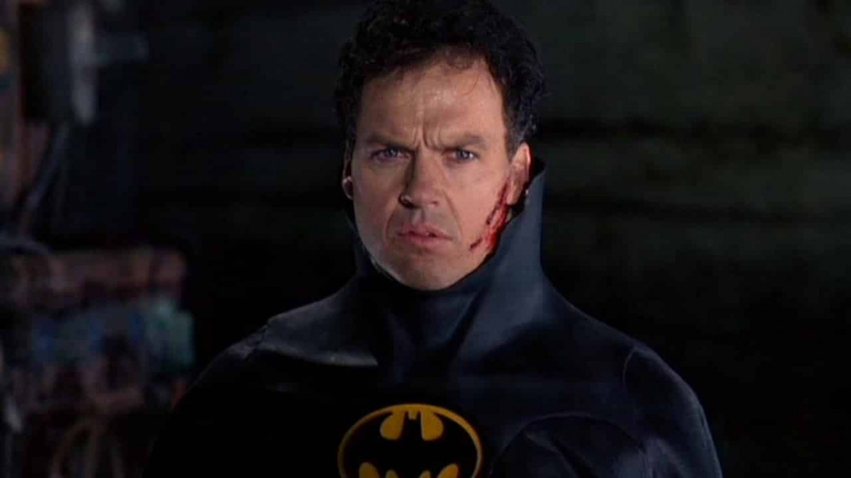 Riddle Me This, Riddle Me That, Here's Clarification on Michael Keaton's Bat
