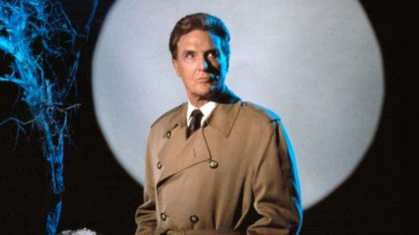 robert_stack_unsolved-600x337