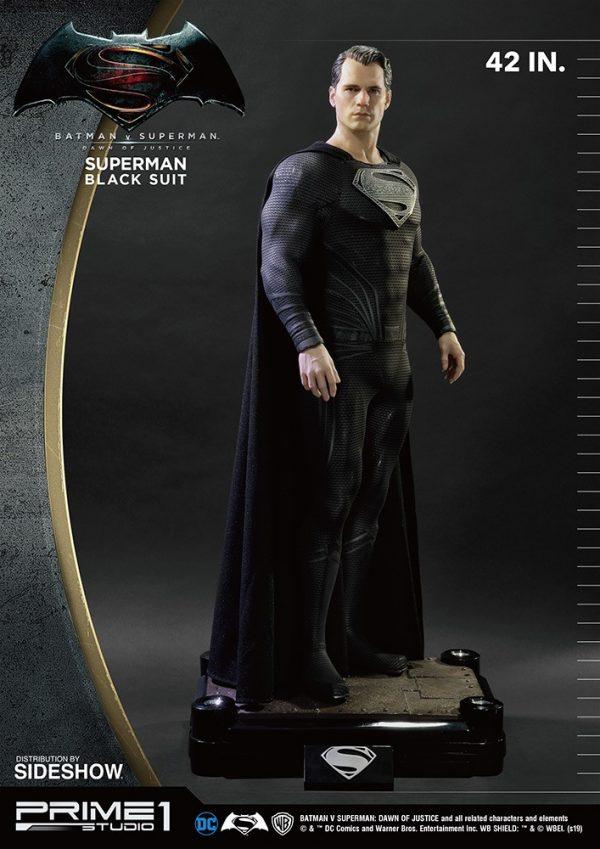 superman-black-suit-version_dc-comics_gallery_5ed5534cc6aa5-600x849