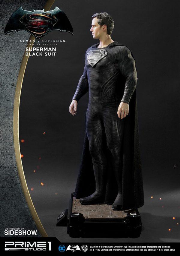 superman-black-suit-version_dc-comics_gallery_5ed5534d86f56-600x849