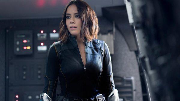 Agents_of_S_H_I_E_L_D_Chloe_Bennet_Quake_Marvel_Cinematic_Universe_actress-1695663-1-600x338