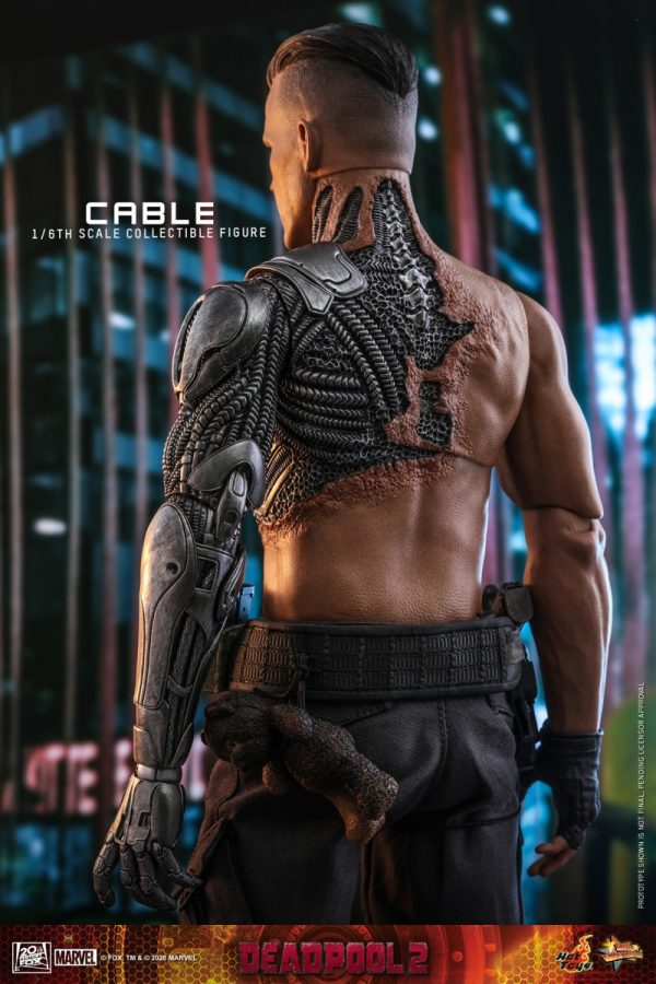 Hot-Toys-Deadpool-2-Cable-collectible-figure_PR11-600x900