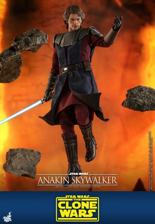 Hot-Toys-STCW-Anakin-Skywalker-collectible-figure_PR3-600x867