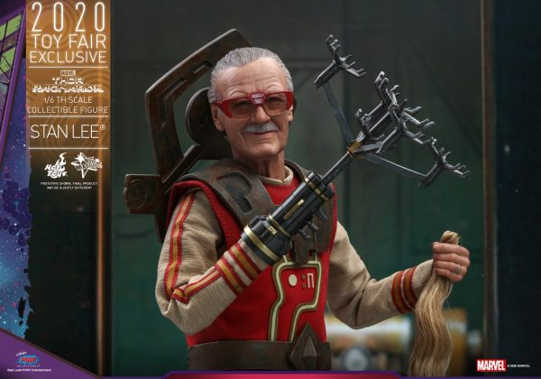 Hot-Toys-Thor-3-Stan-Lee-collectible-figure_PR12-600x420