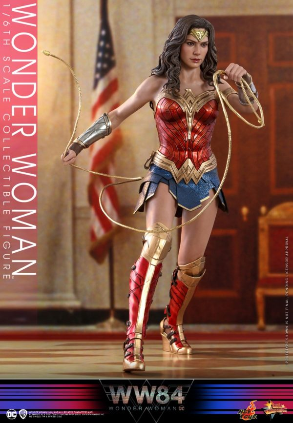 Hot-Toys-WW84-Wonder-Woman-collectible-figure_PR12-600x867