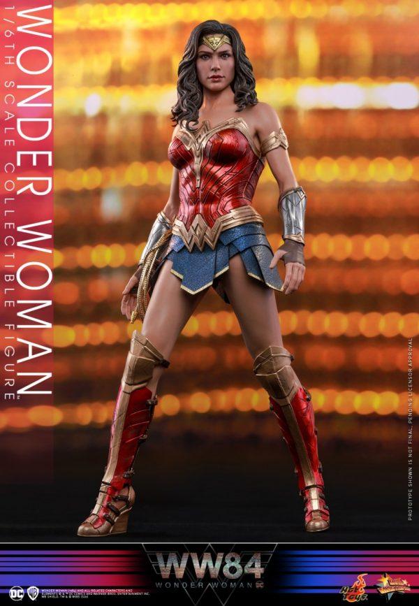 Hot-Toys-WW84-Wonder-Woman-collectible-figure_PR2-600x867
