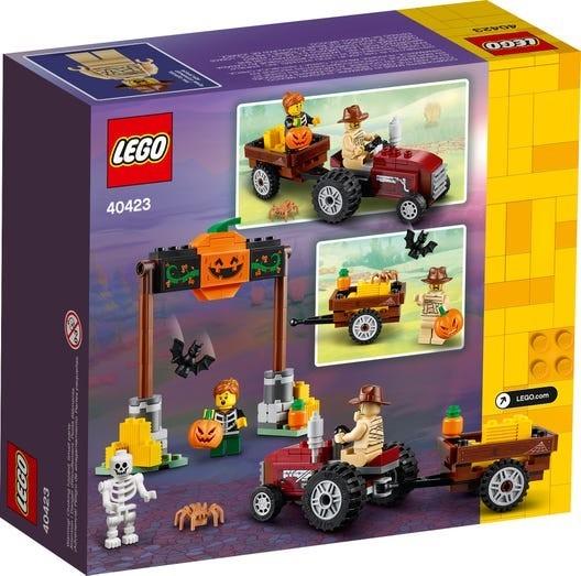 LEGO-Seasonal-Halloween-Hayride-40423-2
