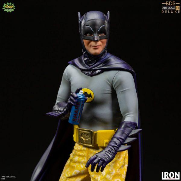 batman-deluxe_dc-comics_gallery_5f207ab63d4fe-600x600