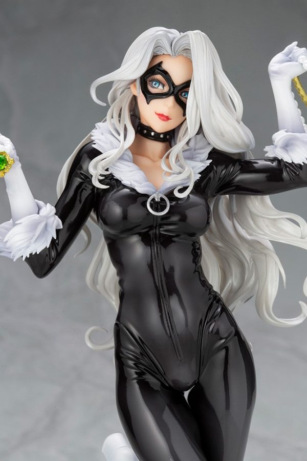 black-cat-steals-your-heart_marvel_gallery_5f076d754c682-600x900