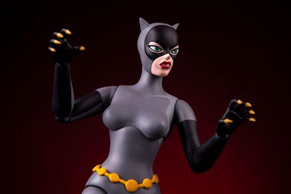 catwoman_dc-comics_gallery_5efd35ff8fbc2-600x400