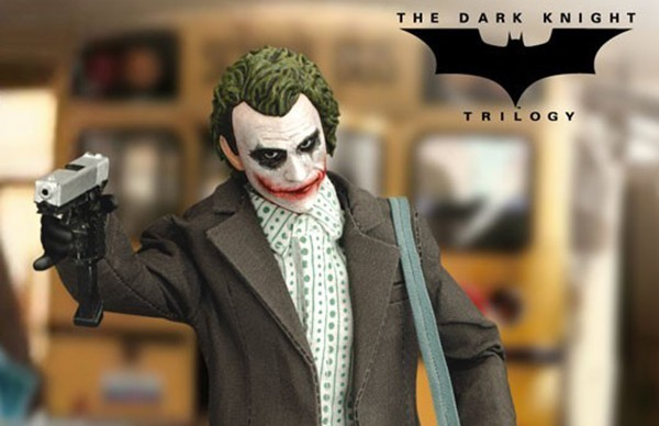 the-joker-bank-robber-version_dc-comics_gallery_5f109b816cac8-1