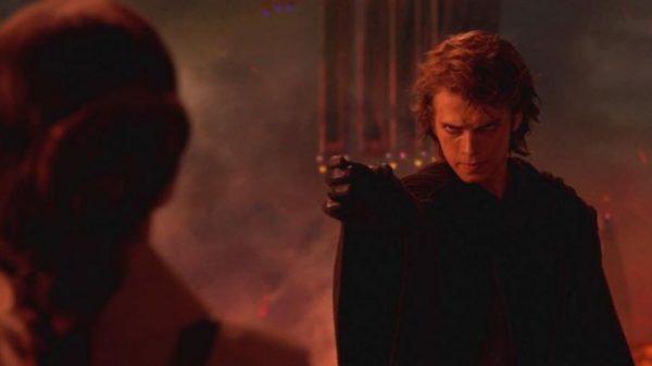 Anakin-Skywalker-Hayden-Christensen-in-Star-Wars-III-revenge-of-The-Sith-600x337