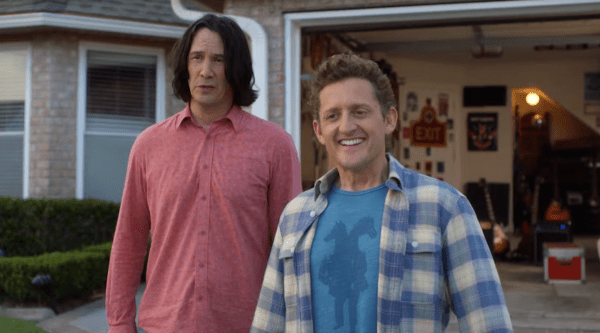 BILL-TED-FACE-THE-MUSIC-Clip-The-Future-2020-0-15-screenshot-600x333