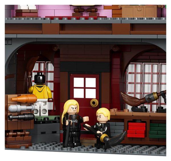LEGO-Harry-Potter-Diagon-Alley-75978-11-600x566
