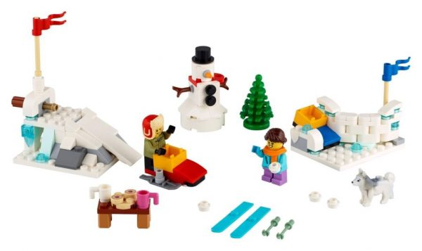 LEGO-Seasonal-Winter-Snowball-Fight-40424-3-600x357